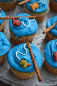 fathers day cake baking ideas with children Fishing cupcake