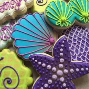 Sugarcraft rainy day baking activity with kids sea cookies 2