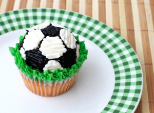 fathers day football soccer cupcakes sugarcraft